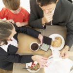 Bugetul (cashflow-ul) familiei. De la nevoie la performanta.