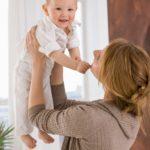 Mamele pot sa aleaga durata concediului de crestere a copilului: 1 an sau 2 ani